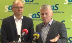 Peter Kažimír a jeho štátny rozpočet 2013 vedie Slovenskú republiku do hospodárskeho úpadku.