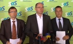 Minister vnútra Robert Kaliňák (Smer-SD), prichádza sexpresnou novelou zákona overejnom obstarávaní