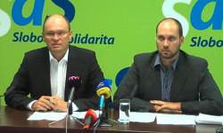 G-komponent zaujal aj Brusel | Politika Roberta Fica vedie Slovensko kďalším súdnym sporom