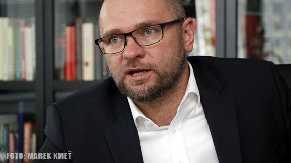Premiér a 150 korupčných káuz - Sulík